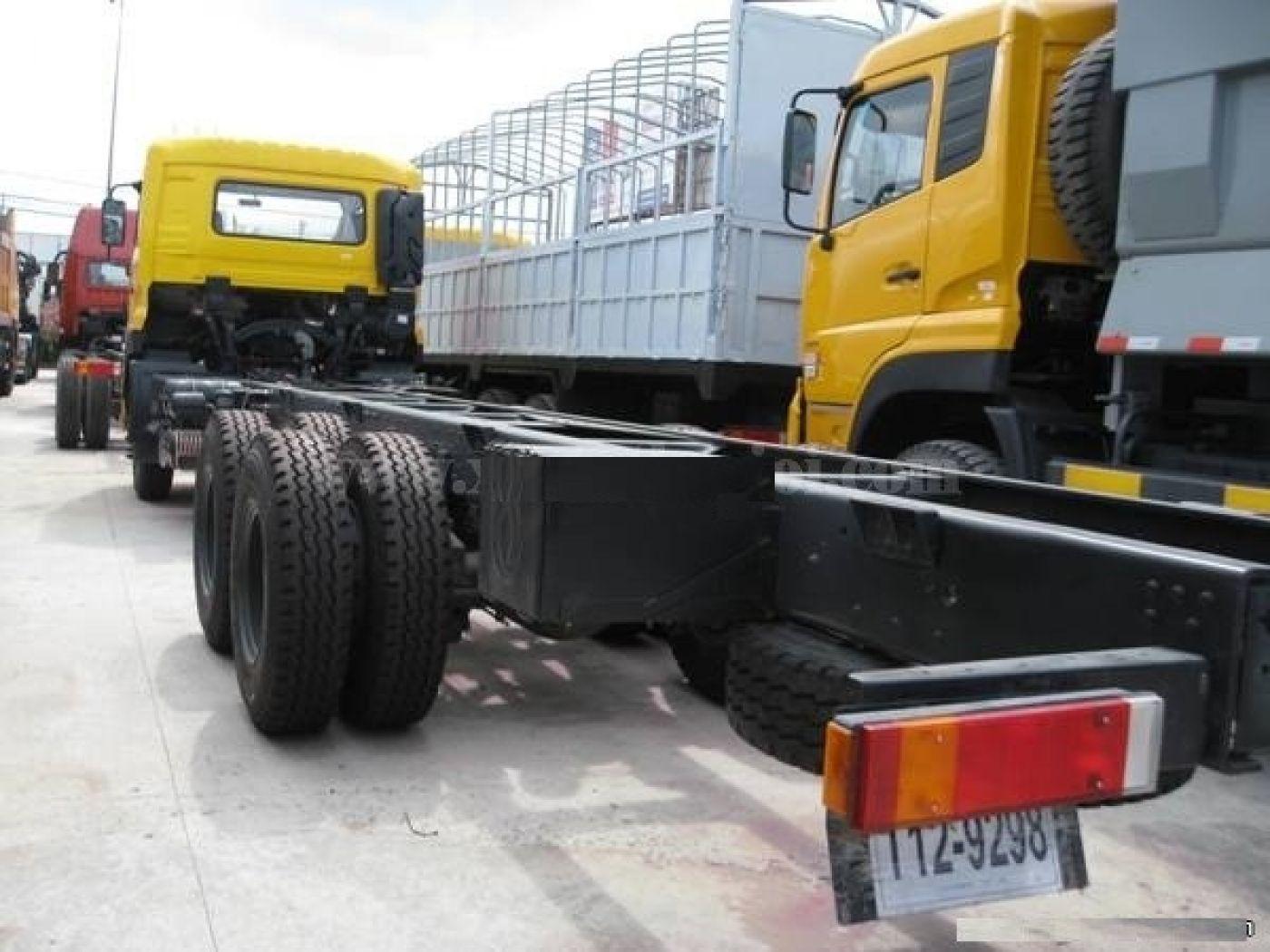 chassis-xe-cẩu-10-tấn
