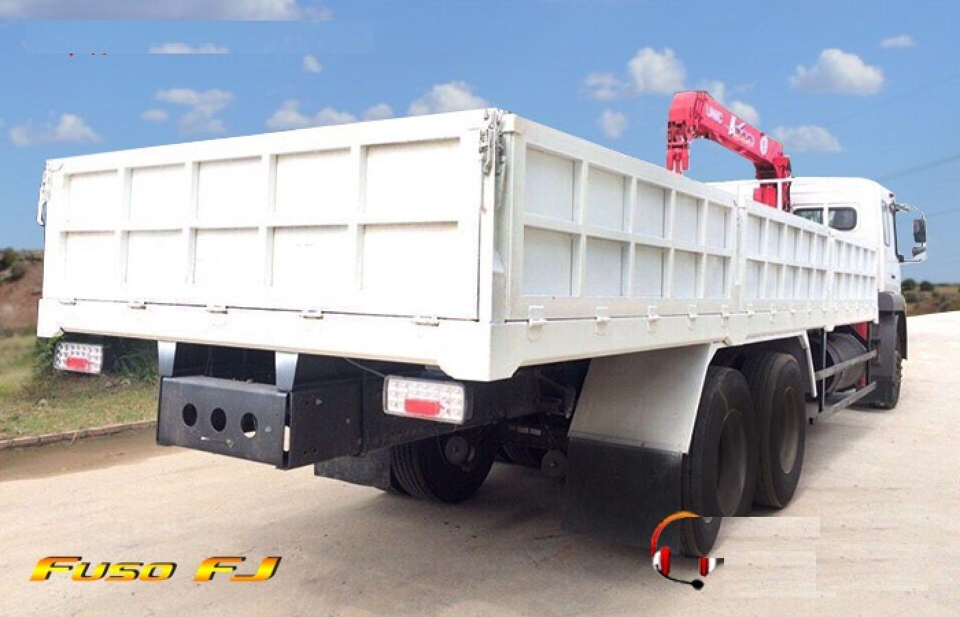 xe-tải-cẩu-12-tấn