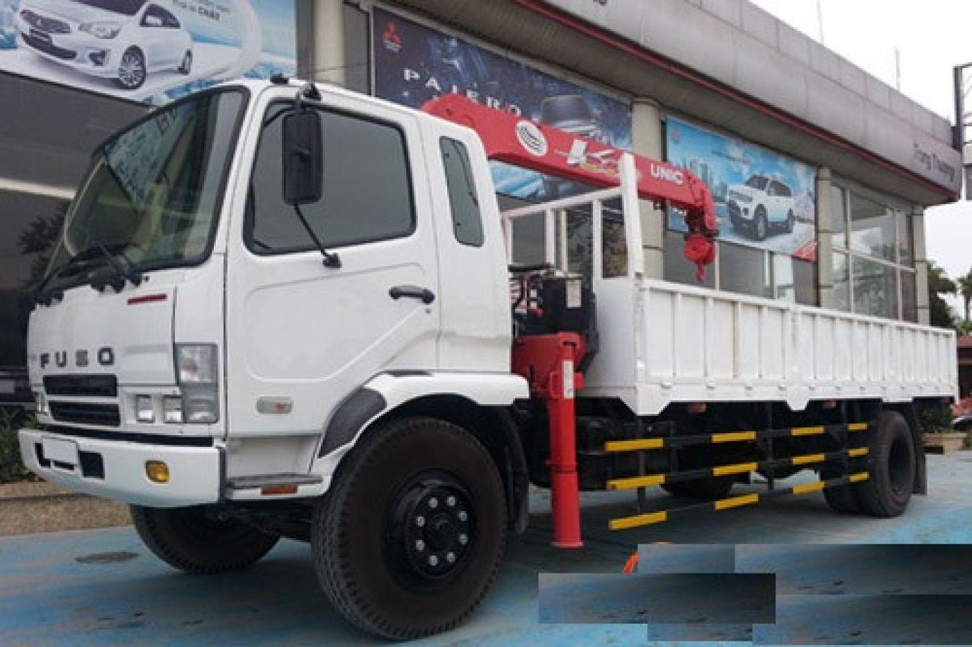 Xe tải cẩu Fuso 6.5 tấn