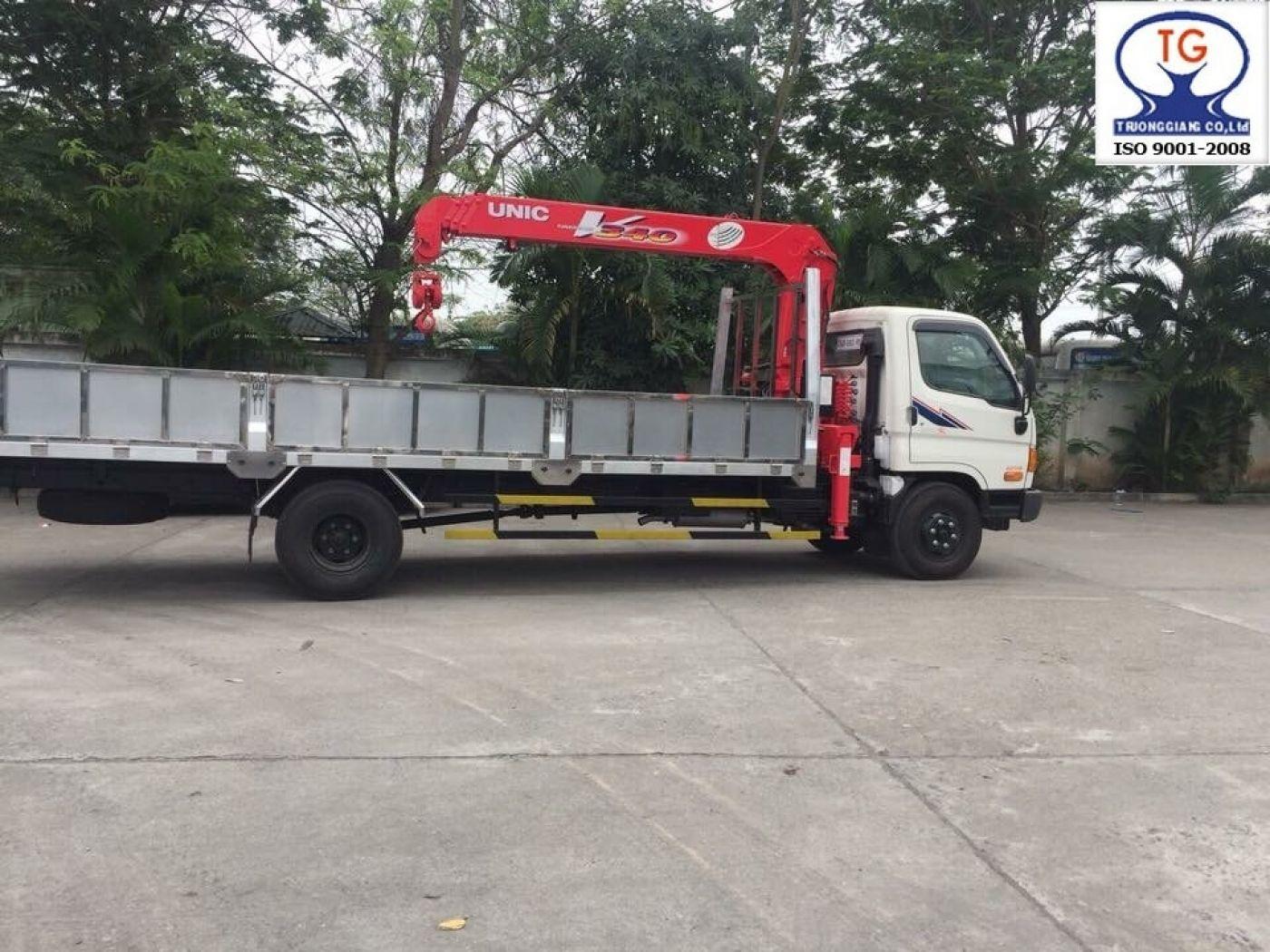 Xe cẩu Hyundai HD120SL thùng dài 7 tấn