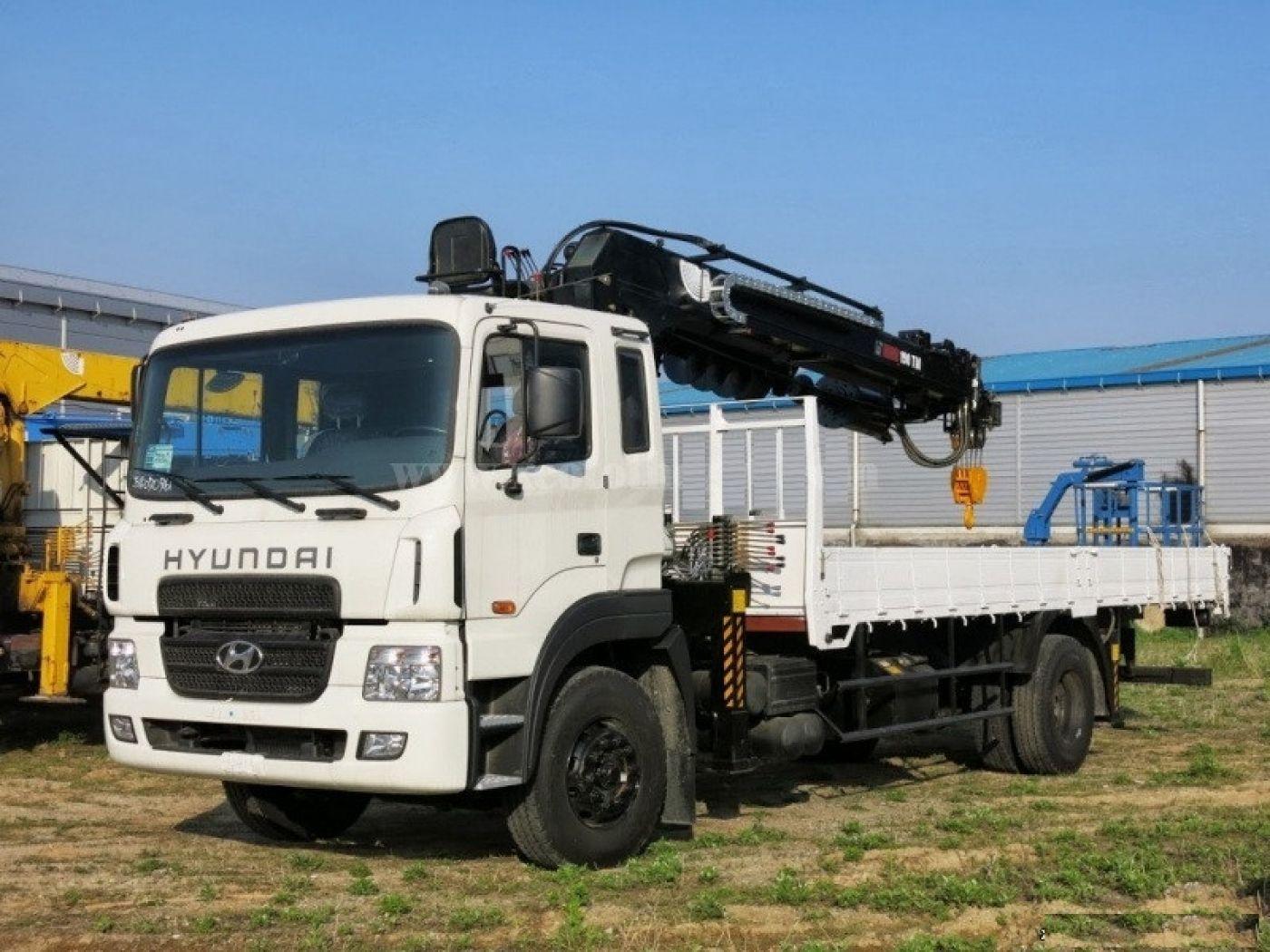 Xe cẩu tự hành Hyundai HD170 tải trọng 6.2 tấn