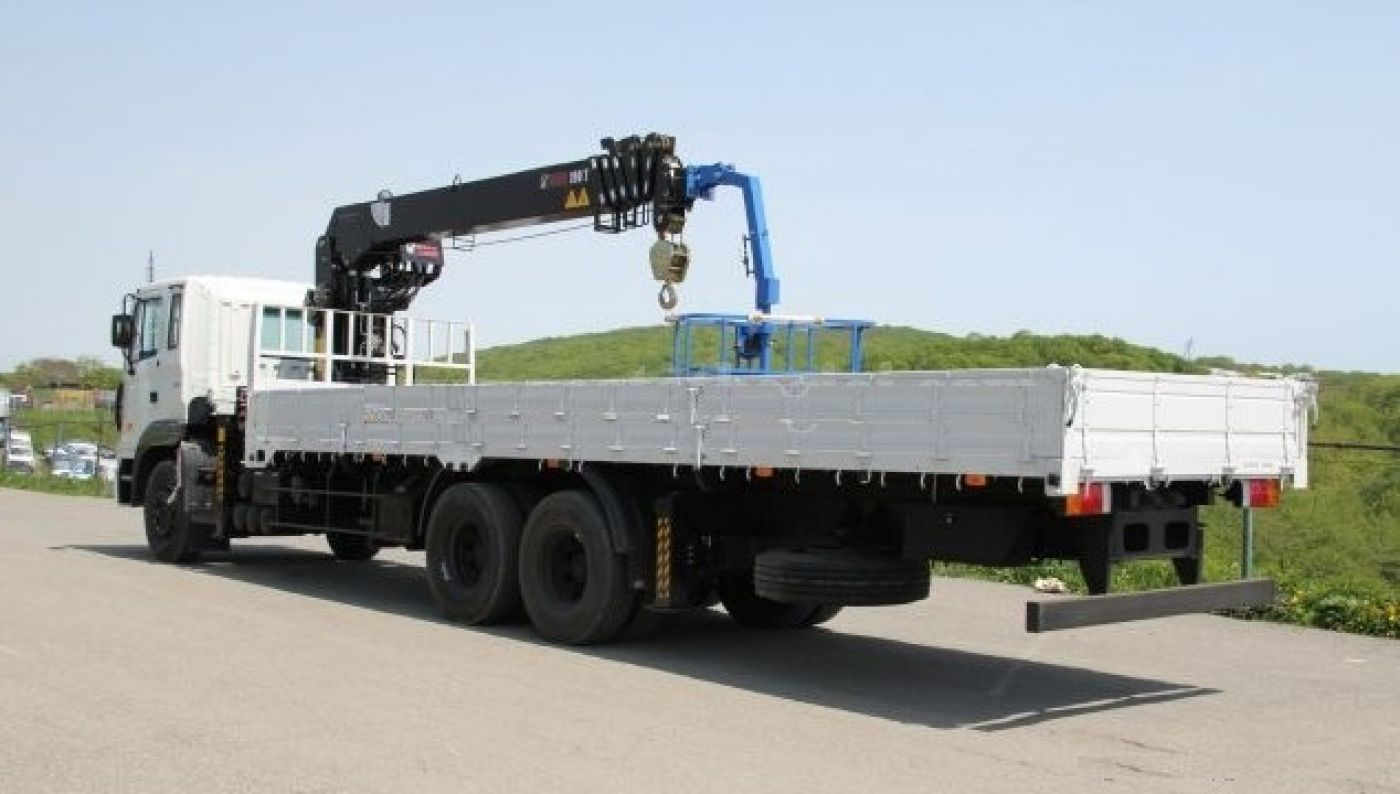 Xe cẩu tự hành Hyundai HD250 tải trọng 11.6 tấn