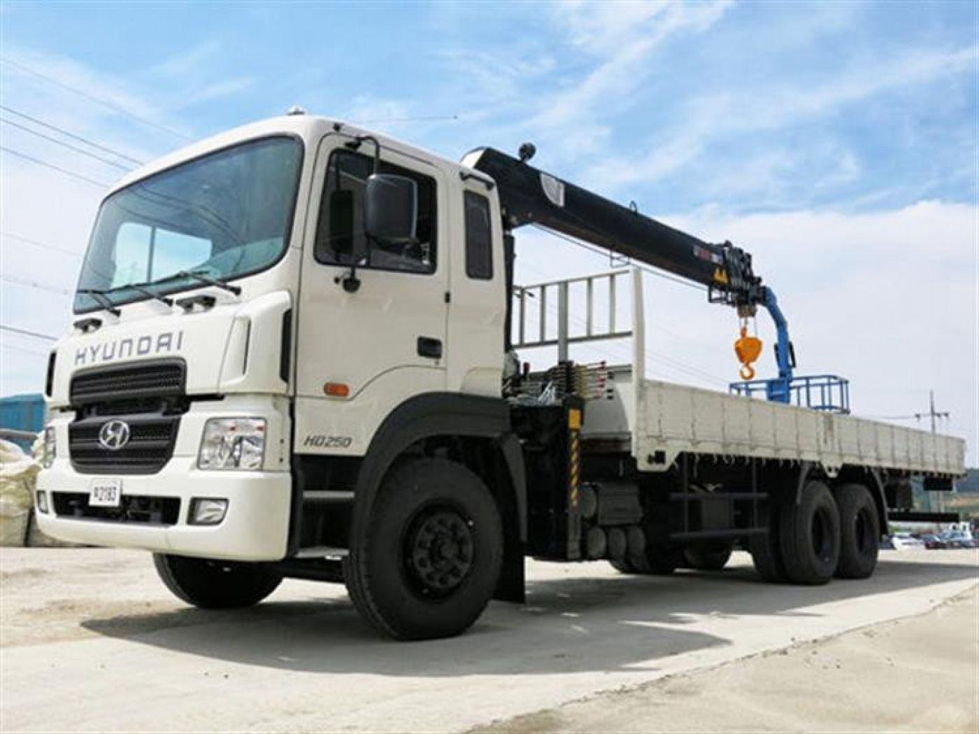 xe-cau-tu-hanh-hyundai-hd250