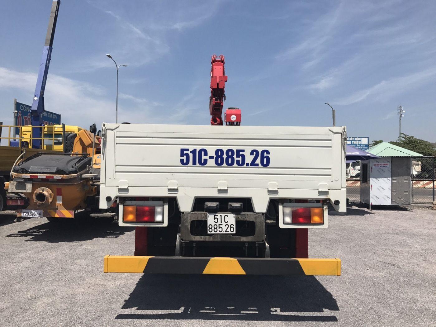 Xe cẩu tự hành Hyundai HD320 tải trọng 17 tấn