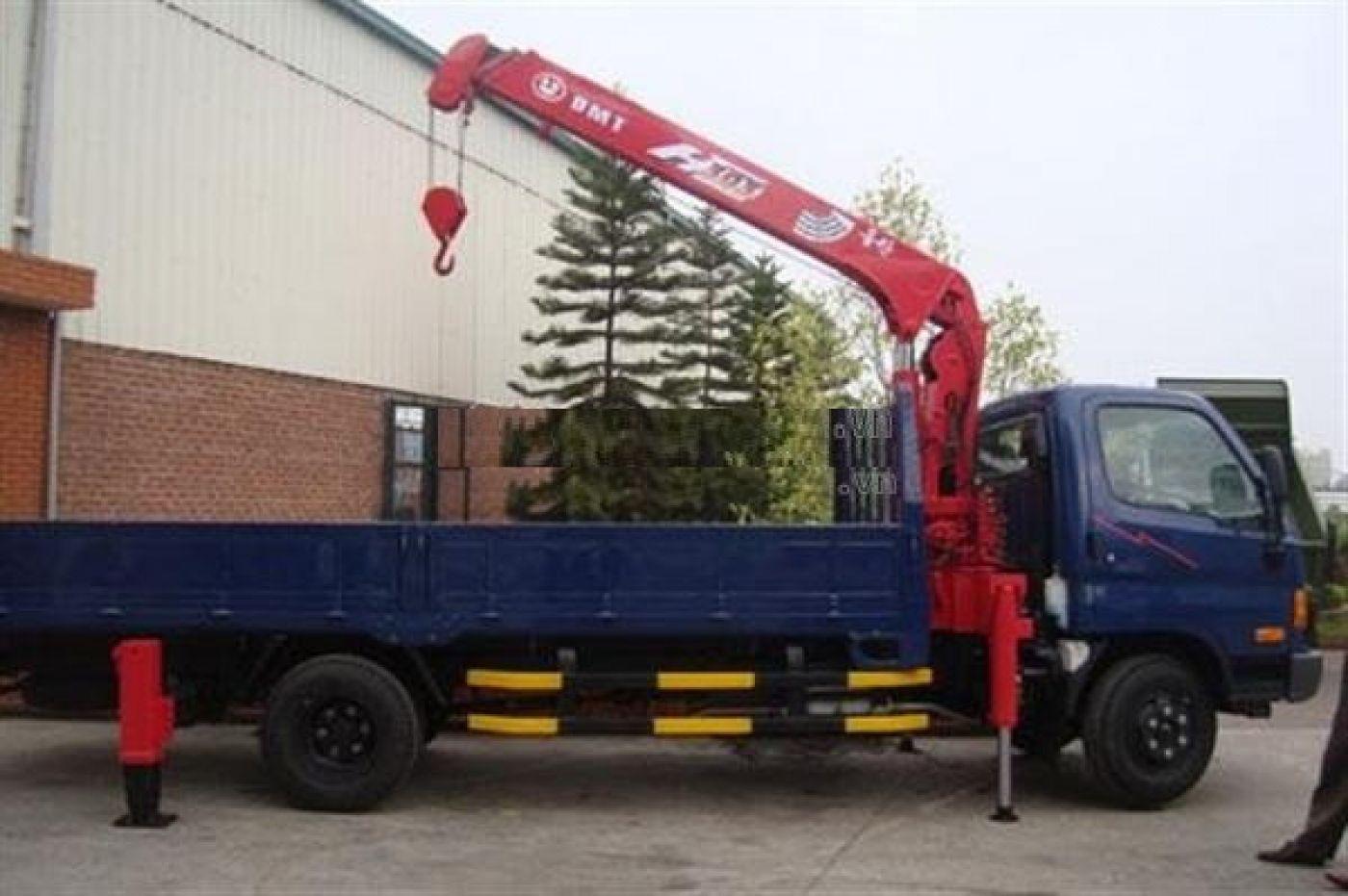 Xe tải gắn cẩu hyundai New Mighty 7 tấn 110S