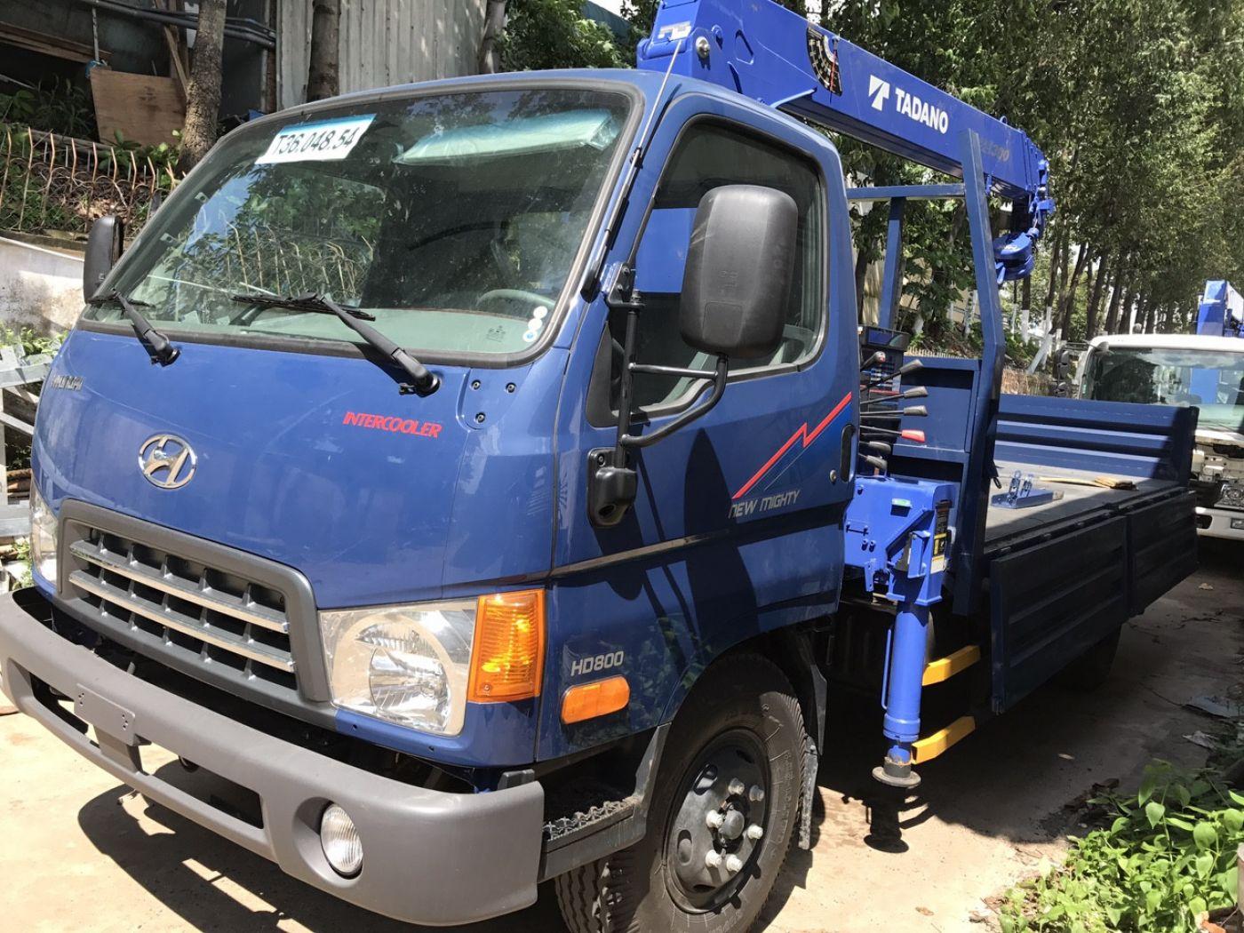 xe-cẩu-tự-hành-hyundai-hd800