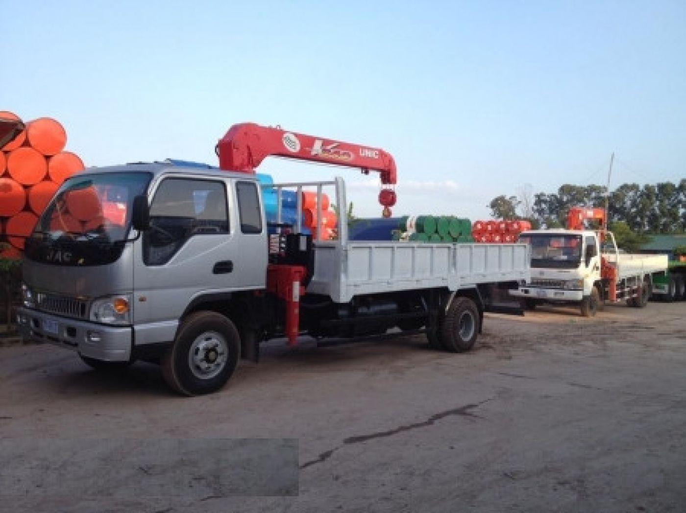 Xe tải cẩu Jac 8.3 tấn